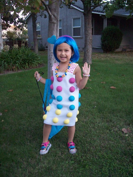40 awesome homemade kid halloween costumes you can for Easy homemade costume ideas for kids