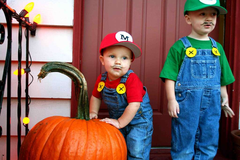 super mario bros costumes from